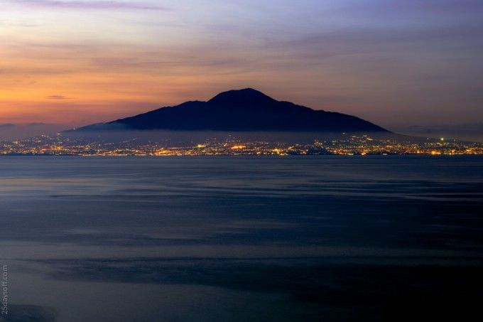 travel photography mount vesuvius from sorrento
