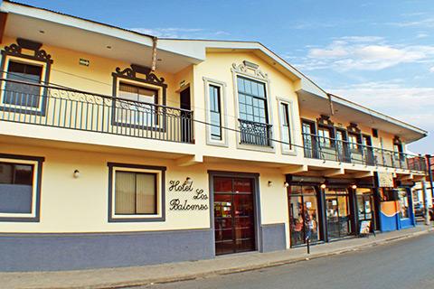 exterior of hotel los balcones in Chinendega Nicaragua