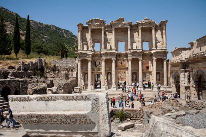 View of the library at Ephesus showing the crowds.