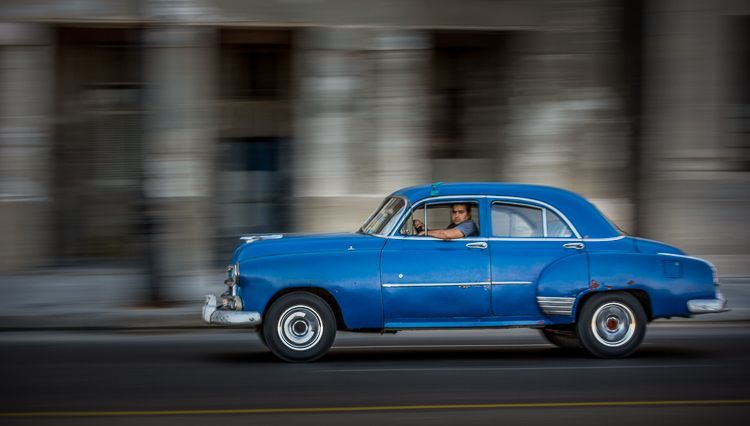 panning photo classic car Havana Cuba