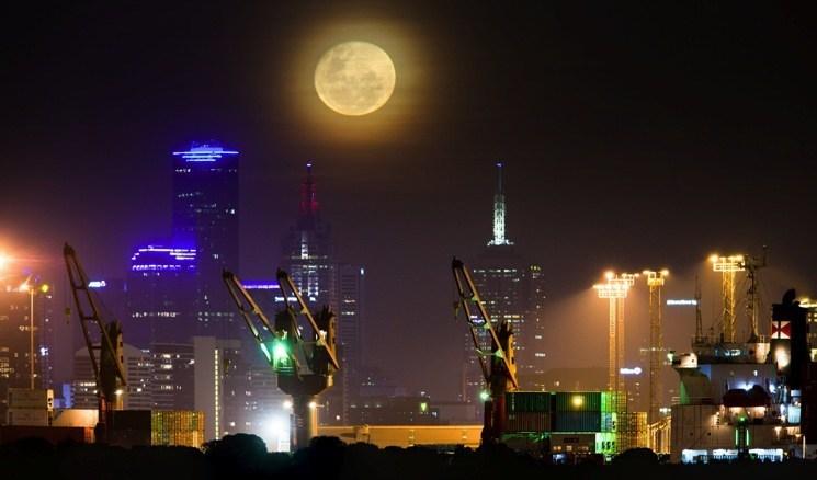 7 Melbourne Moon