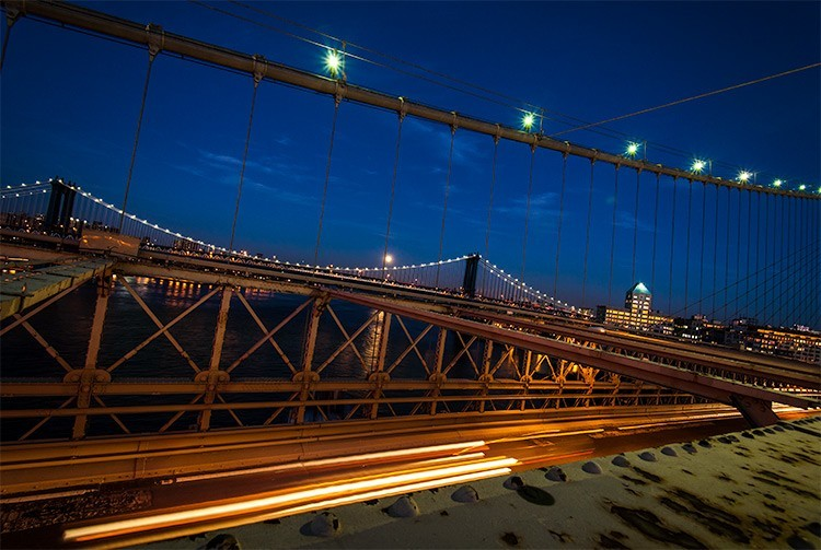 NYC brooklynbridge car light trails