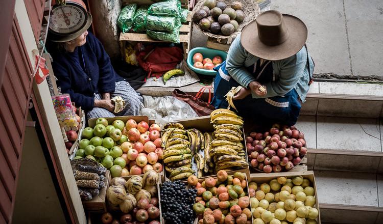 Market in Ollantaytambo, Sacred Valley - Peru