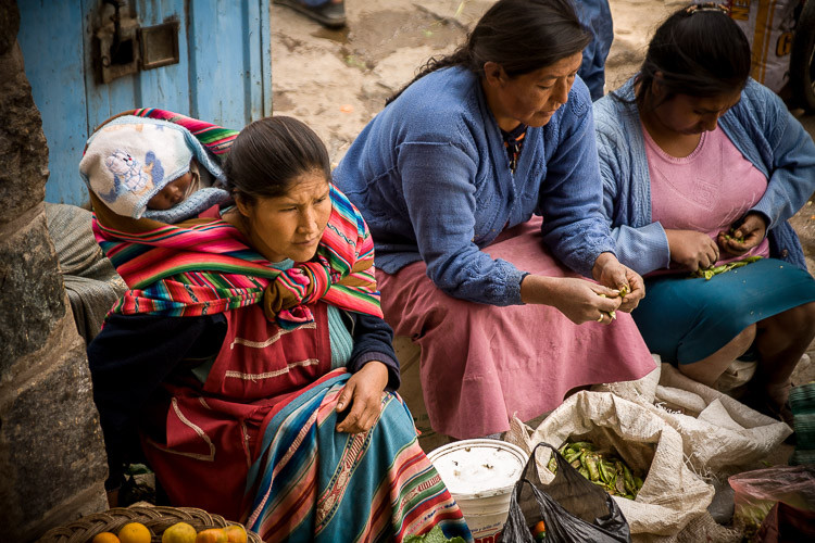 Ladies at the market in Ollantaytambo Peru