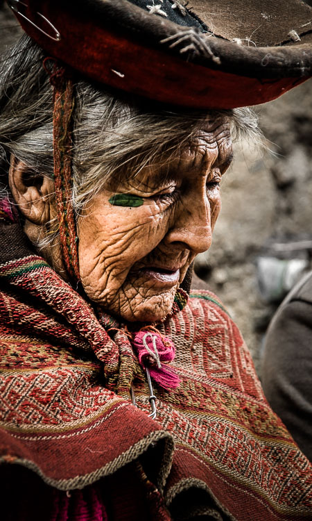 Mama Sentusa - the oldest lady in the Sacred Valley, Peru.