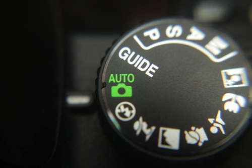 Camera mode dial showing auto selected