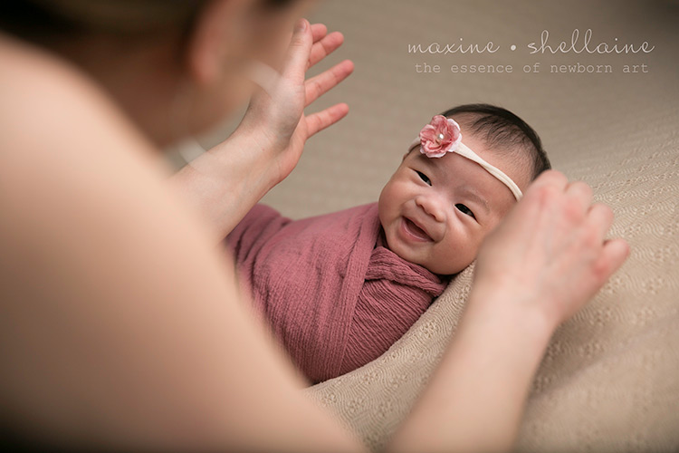 baby-smiles-for-photography