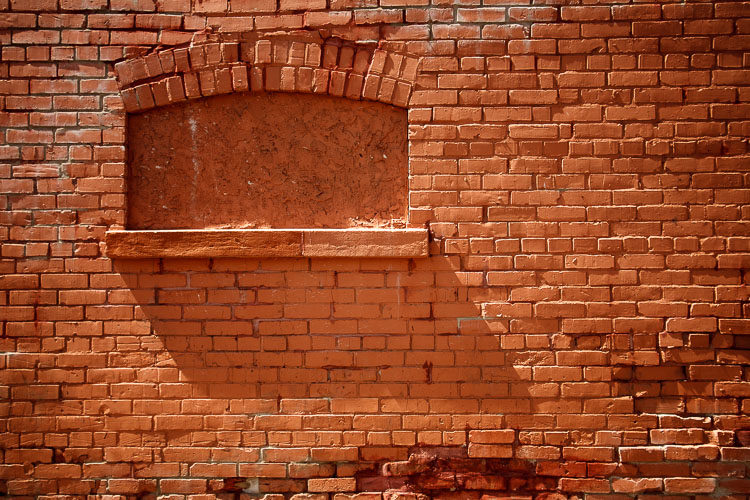 This red brick wall wasn't showing the texture as much as I wanted in color.
