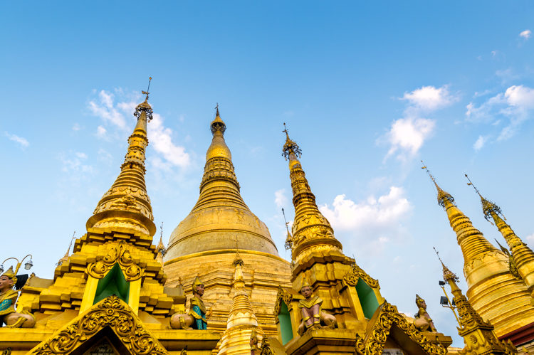 Shwedegon Padoga in Yangon Myanmar