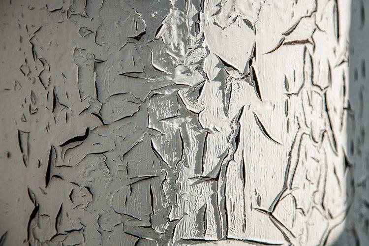 white peeling paint - photography challenge
