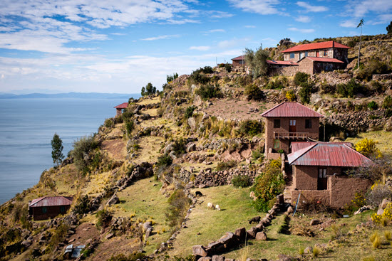 houses along Lake Titicaca Peru