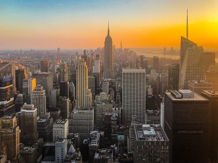 Top photography destinations item #1, the United States. Photo of New York skyline at sunset
