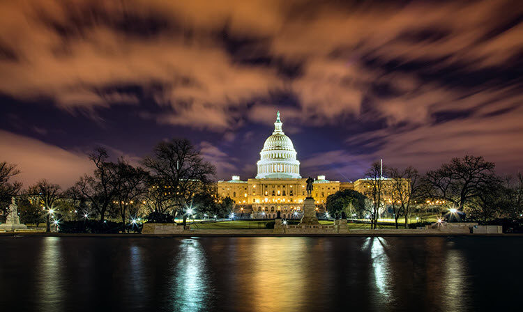 a photo of Washington DC at night with these exposure settings: Shutter Speed: 30 seconds; Aperture: f/16; ISO 400.