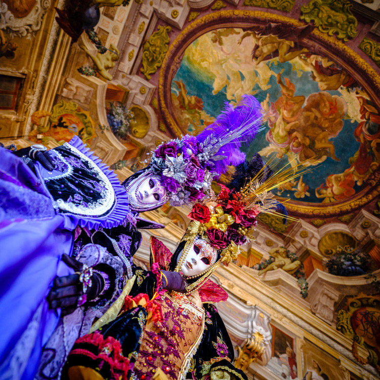 Fujifilm GFX 50S two costumed and masked characters at Venice Carnival