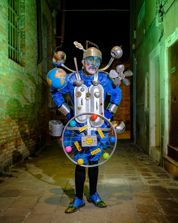 Fujifilm GFX 50S costumed character Venice Italy