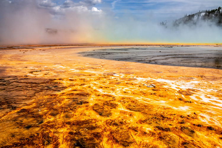 Grand Prismatic Springs, Yellowstone | Rainbow in the steam