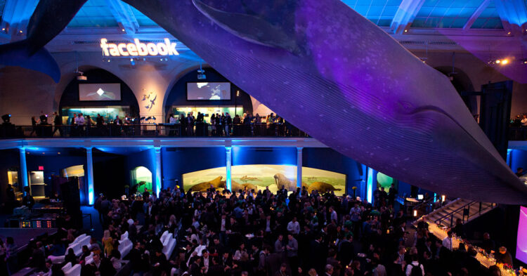 photographing large corporate event