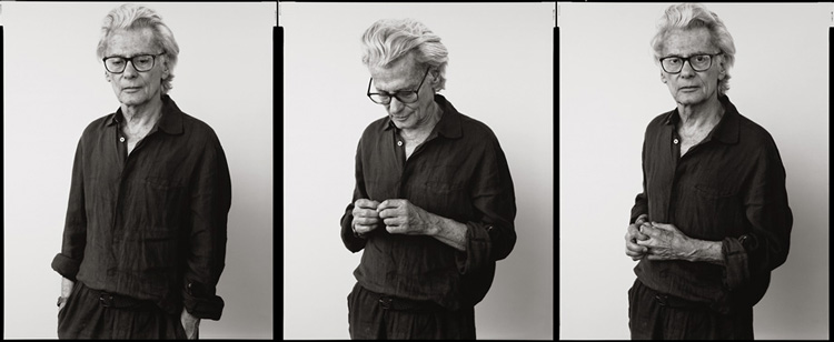black and white self portraits of famous portrait photographer Richard Avedon